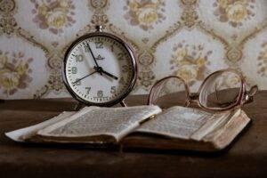 clock, retro, glasses